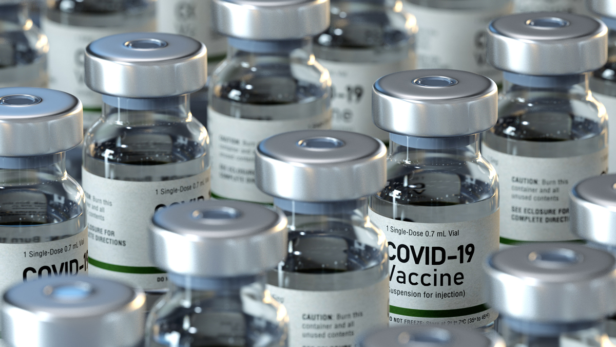 6 Ways to Conquer Your Fear Of Needles to Get the COVID-19 Vaccine
